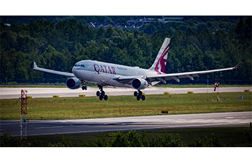 Qatar Airways' Airbus A330 lands at Warsaw Chopin Airport.