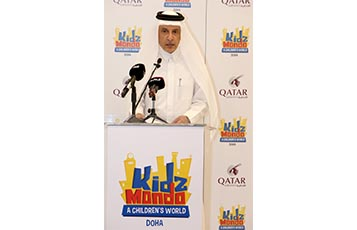 Qatar Airways Group Chief Executive, His Excellency Mr. Akbar Al Baker addresses the media and VIP guests at the Kidzmondo Doha event.